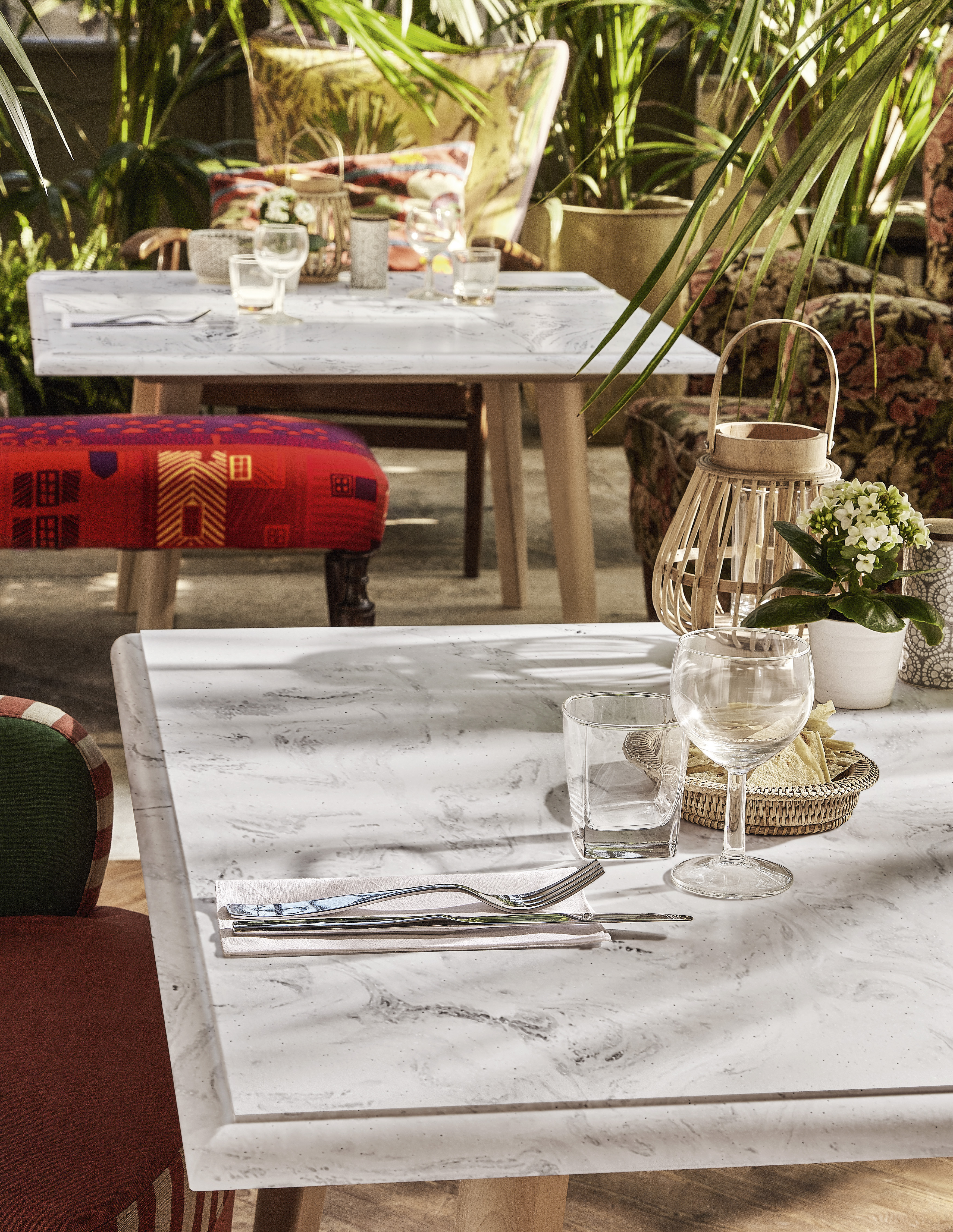 Big Dubai Corian Presents Its New Colour Collections For - Corian restaurant table tops